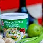 """Spezzatino Thai al Curry Verde e """"Le food-blogger cucinano qui!"""""""