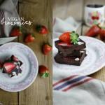 Brownies vegan al doppio cioccolato e fragole
