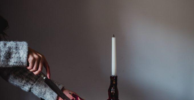 Pavlova con pere al vino rosso
