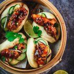 Mini bao al vapore con pollo fritto coreano